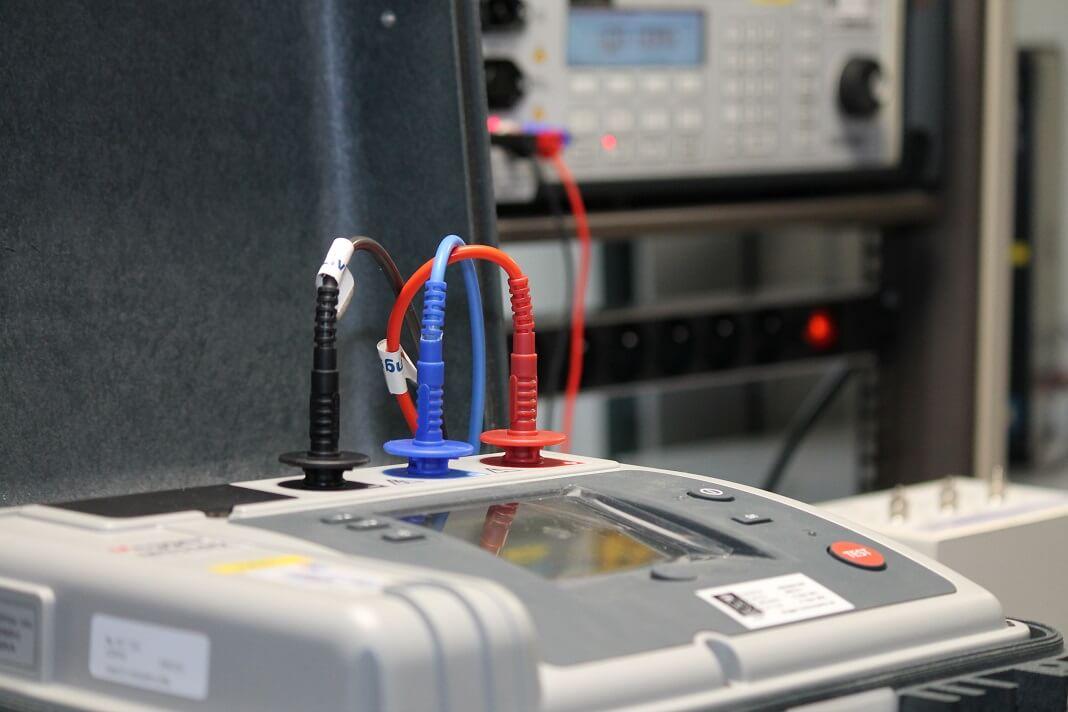 Isolatieweerstand meters